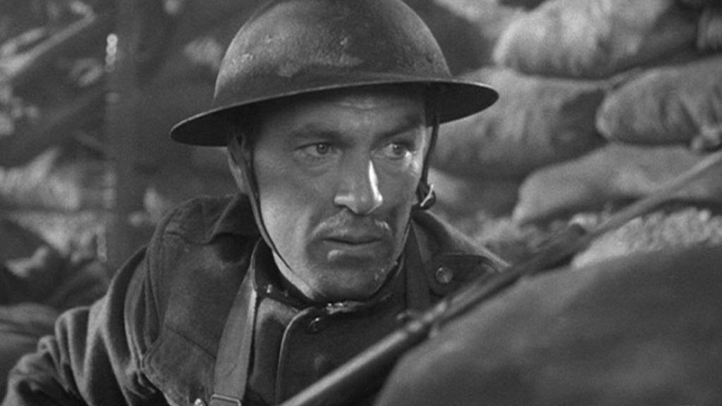 #6) Sergeant York - (1941 - dir. Howard Hawks)