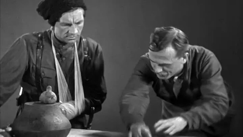 #4) Chapaev - (1934 - dir. Georgi & Sergei Vasilyev)