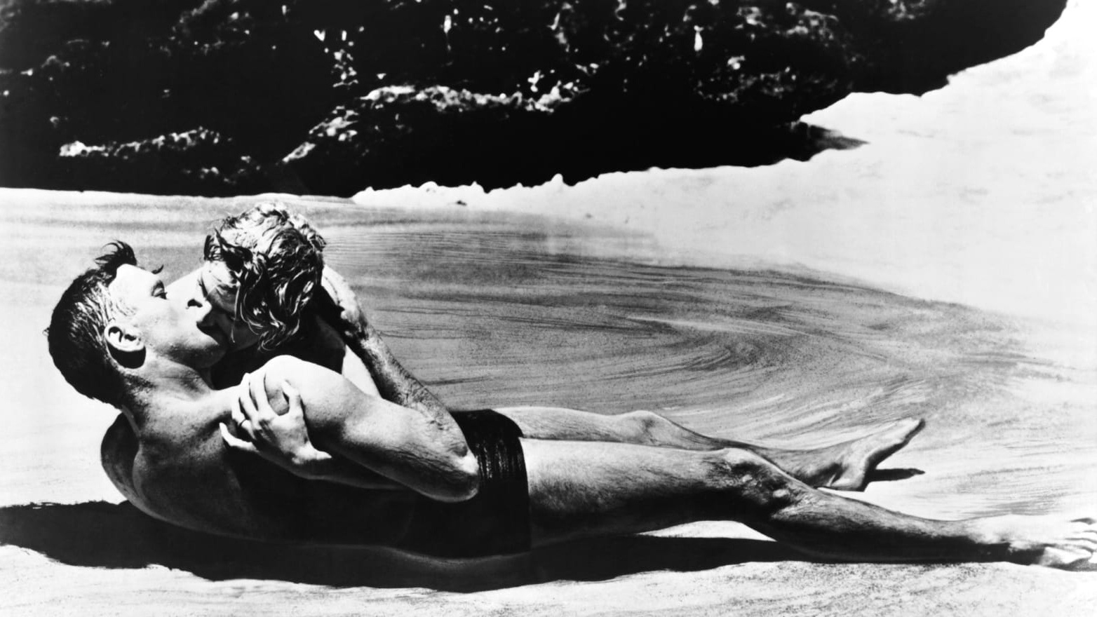#4) From Here to Eternity - (1957 - dir. Fred Zinneman)