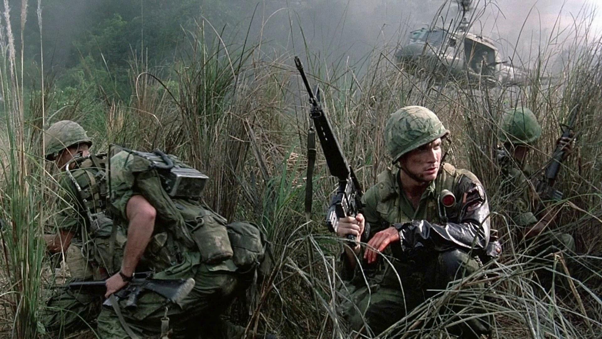 #8) Hamburger Hill - (1987 - dir. John Irvin)