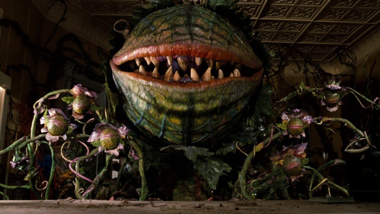 #96) Little Shop of Horrors - (1986 - dir. Frsnk Ox)