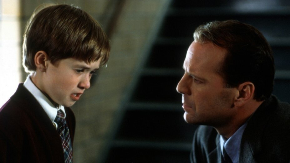 #61) The Sixth Sense - (1999 - dir. M. Night Shyamalan)