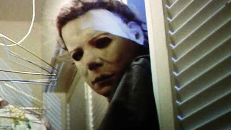 #6) Halloween - (1978 - dir. John Carpenter)