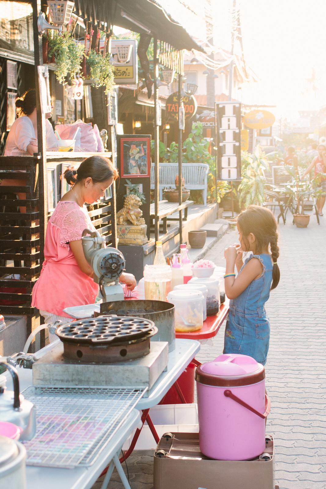thailand-market-lisa-pires.jpg