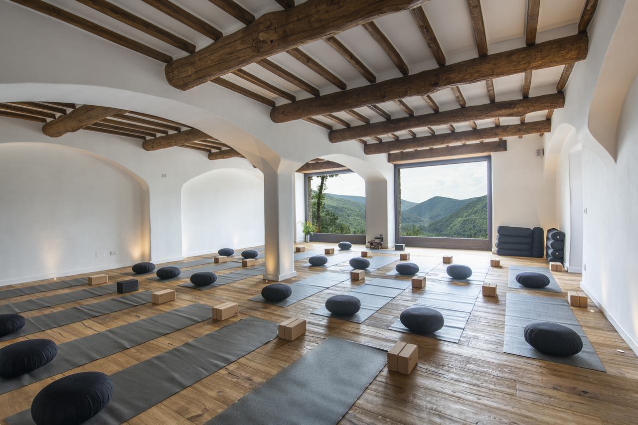 Copy of Eremito Yoga.jpg