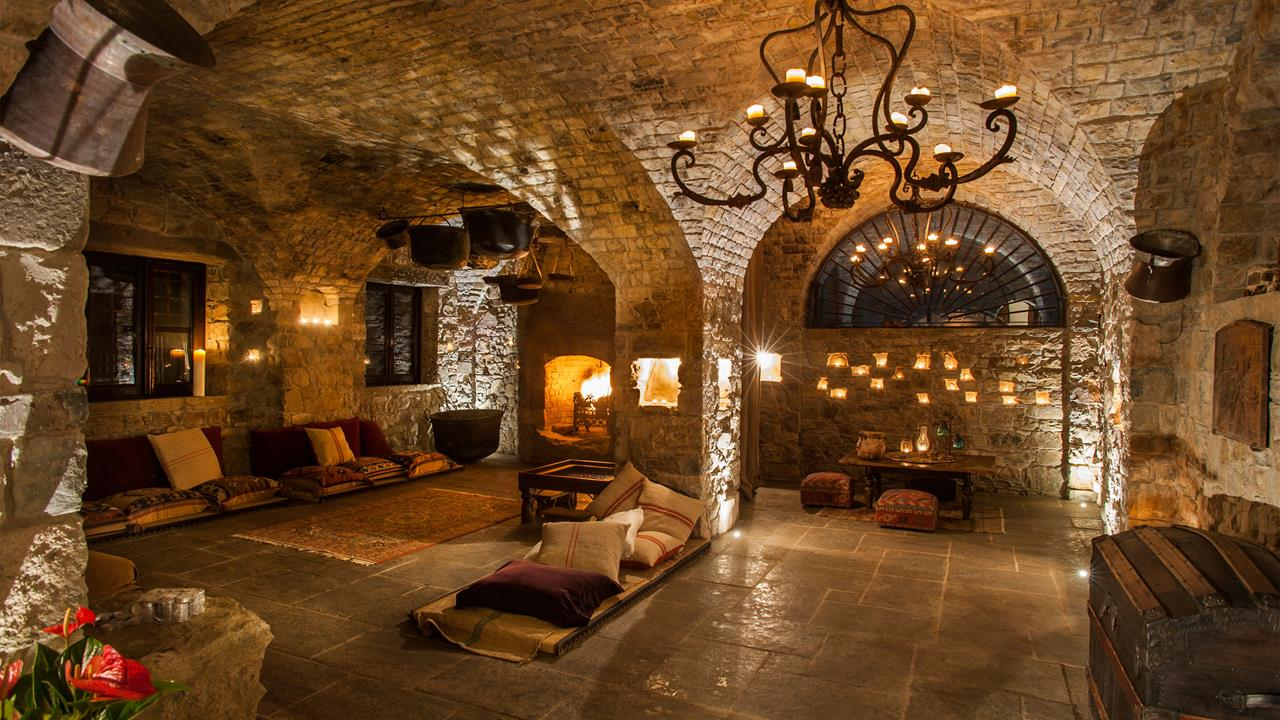 umbria-italy-eremito-silent-hotel-communal-area-hero.jpg