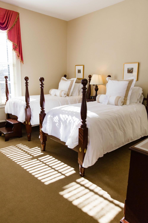 twin-beds.jpg