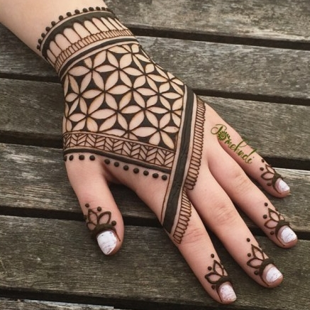 Henna by Jomehndi - Adorn yourself with the ancient art of henna! I handmake the all natural henna with organic ingredients. Designs start at $15