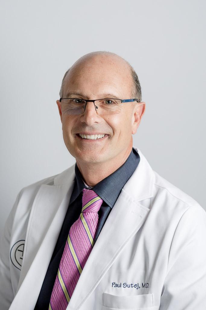 Dr. Sutej-3.jpg