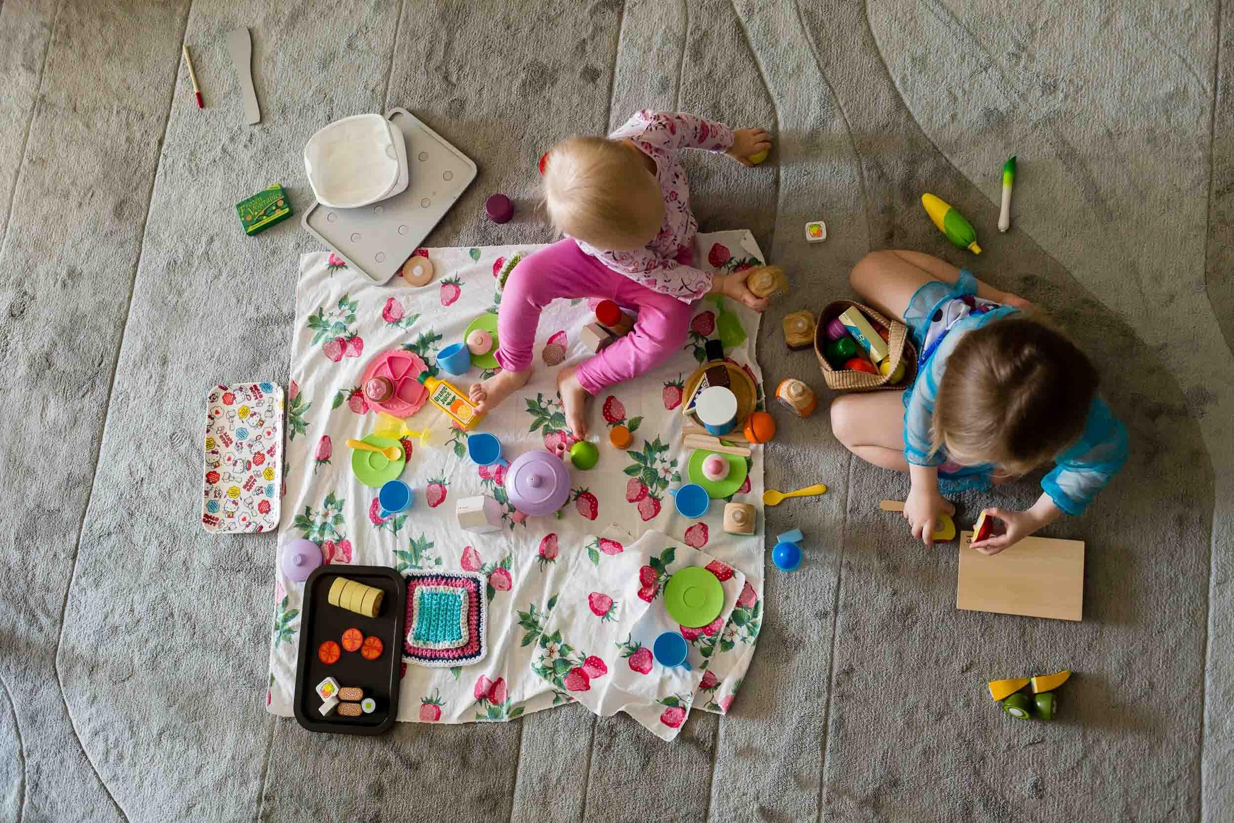 In-Home-childrens-photography-portland-oregon-rebecca-hunnicutt-farren-3.jpg