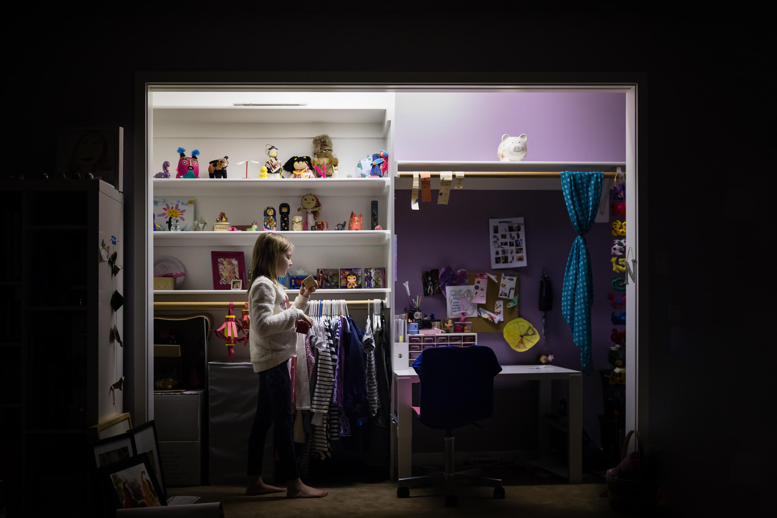 childrens-bedroom-In-Home-photography-portland-oregon-rebecca-hunnicutt-farren.jpg