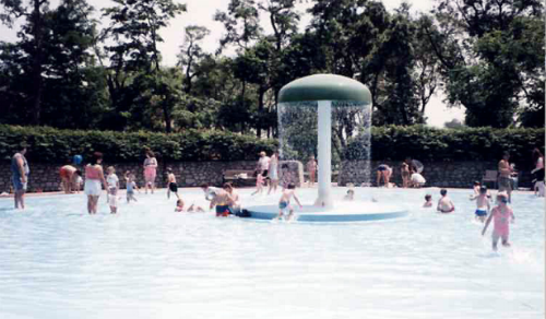 The splash pad at Queenston Heights Park in Niagara Falls is suitable for toddlers. After, enjoy the playground, an easy hike, or multiple eating options.