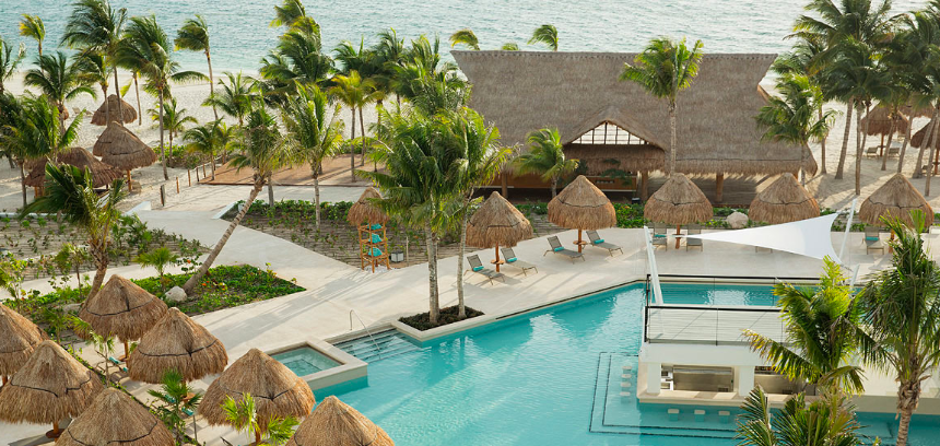 Finest Playa Mujeres in Cancun, a luxury Cancun resort that Ruby Rosen personally recommends for clients with toddlers.