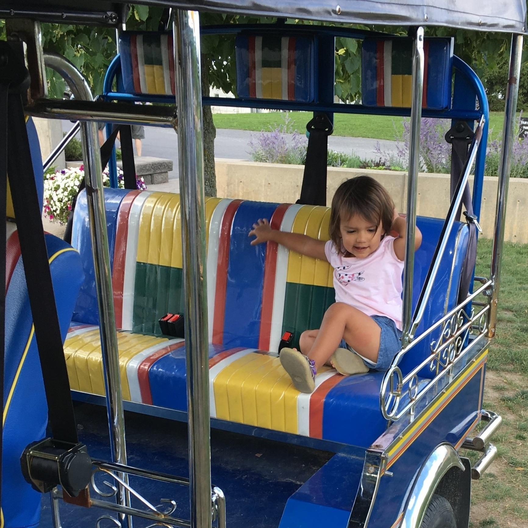 A sculpture garden, tuktuk and wood fire pizza make Prince Edward County's Karlo Estates kid-friendly.