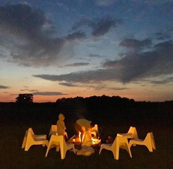 Night skies and fire pit at PEC rental Babcock-Hubbs House. Image credit:  @lamerceria