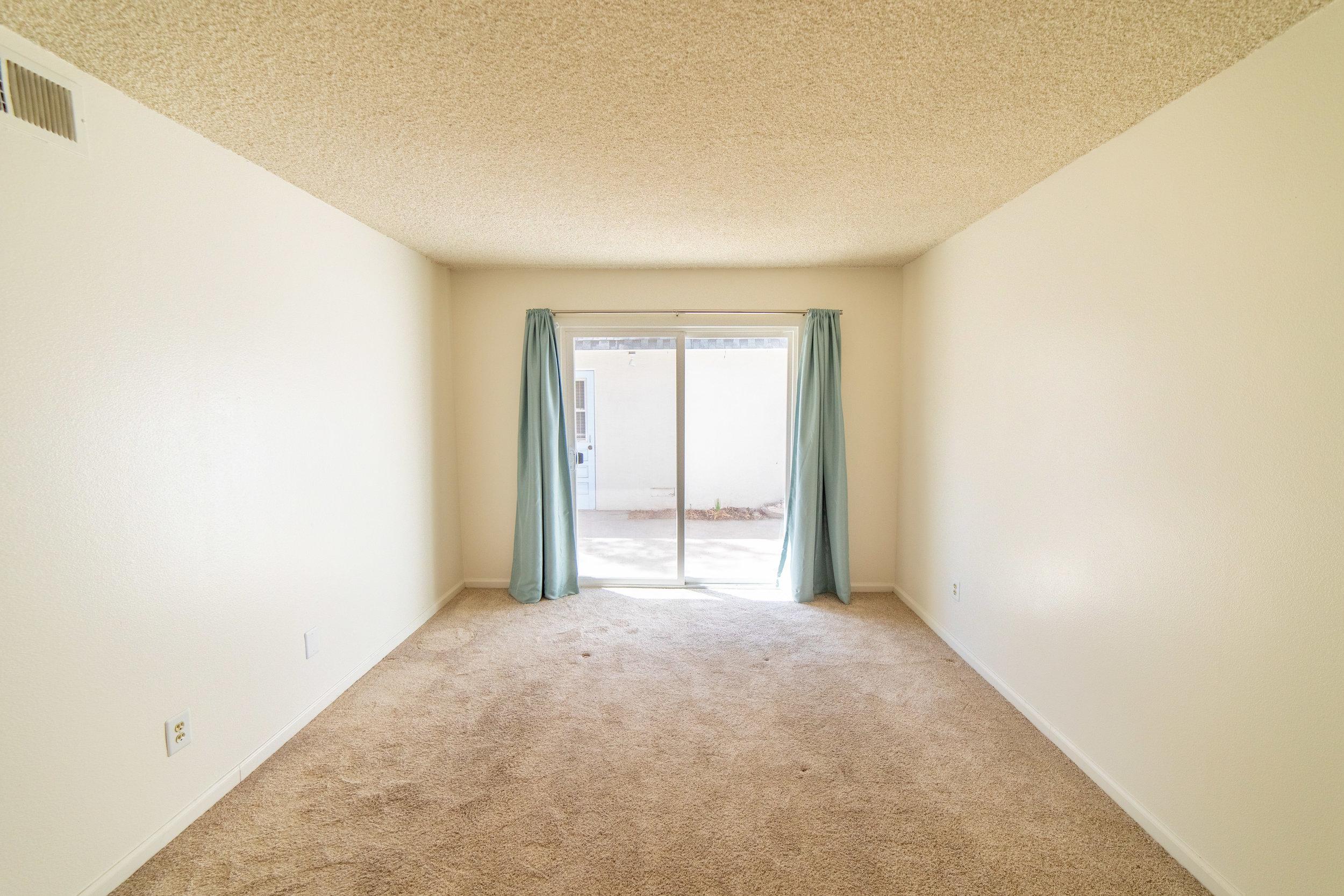 2104 - Nathaniel Pitchon-Getzels - 10210 Oklahoma Ave-11.jpg