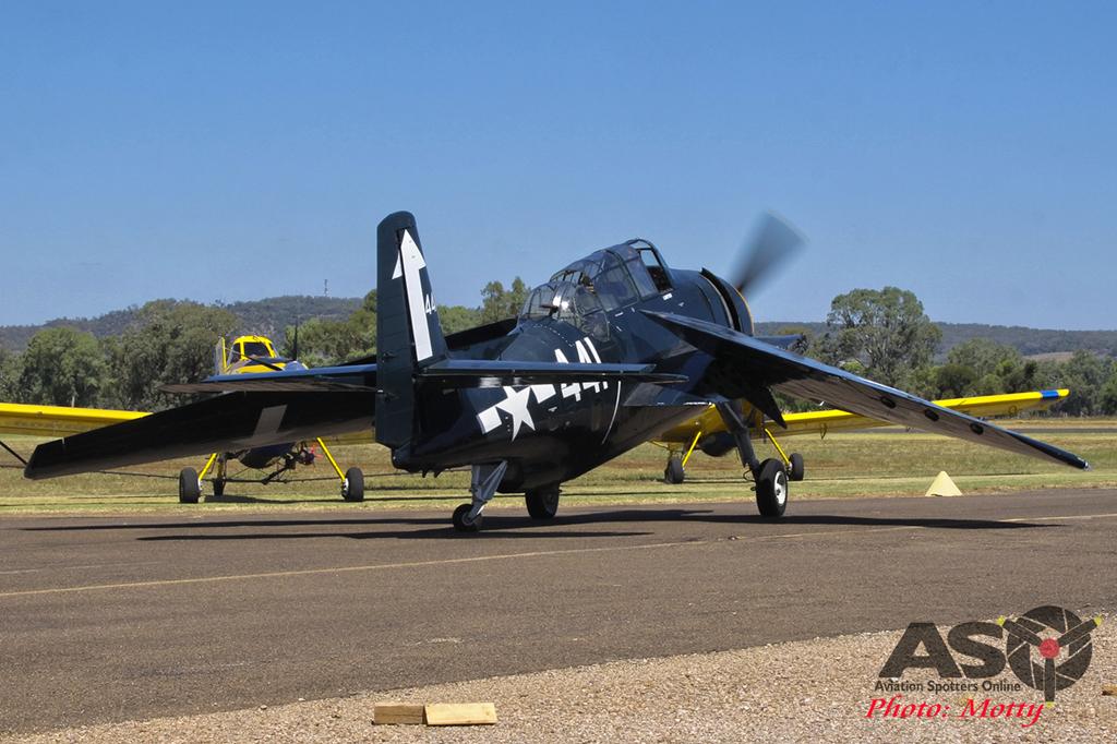 Mottys-Avenger-VH-MML-1007-Gunnedah-2015.jpg