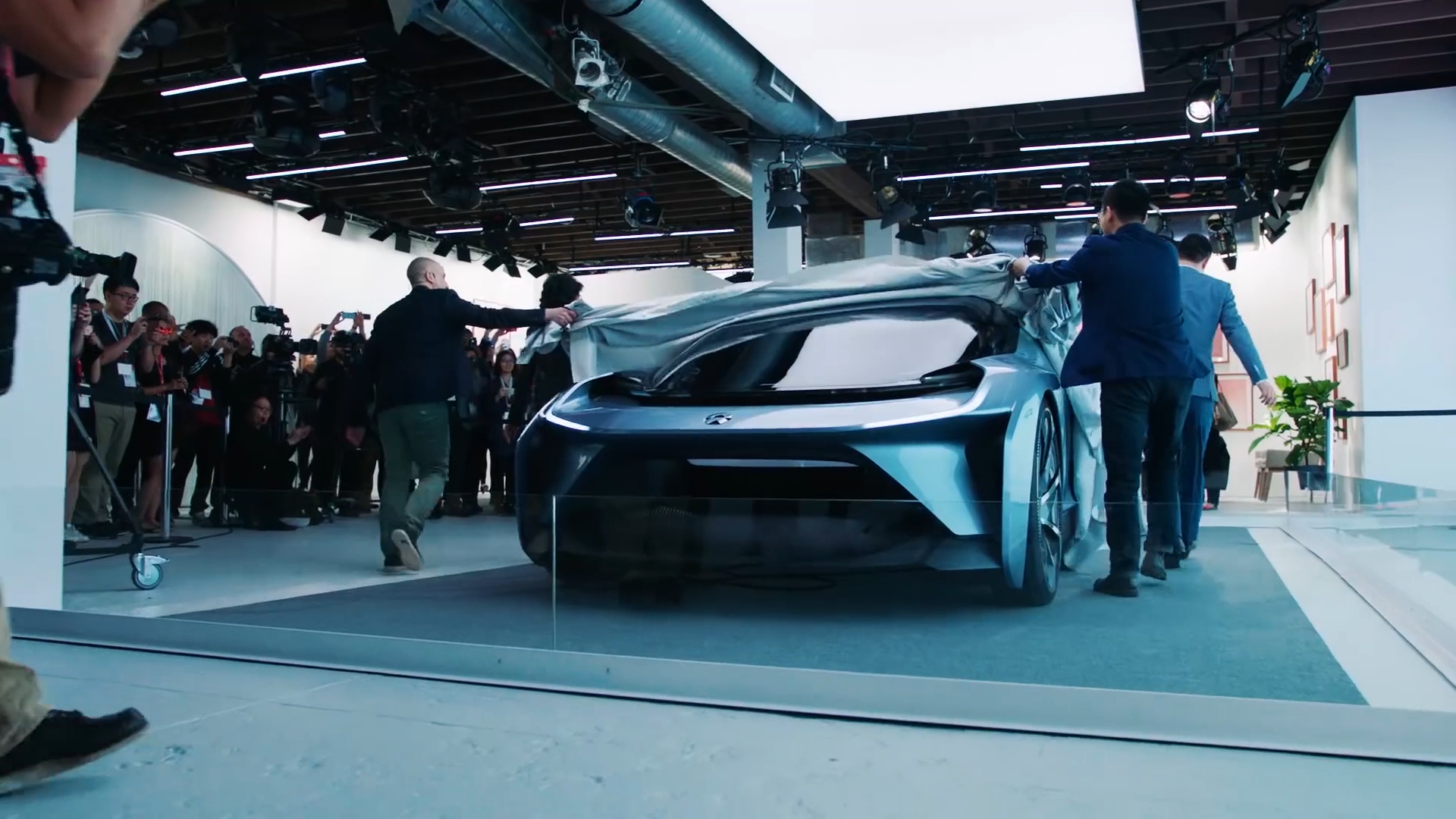 NIO SXSW Highlights - DASH.mp4.00_00_24_12.Still010.png