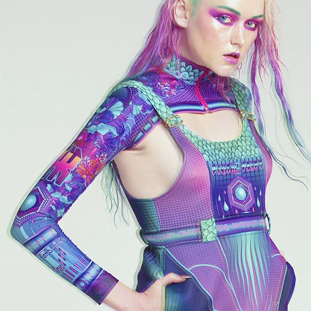 💙💜 The Digital Drift sleeves are our hot pic for everybb's wardrobe mix n match essential! Get one in your life @ nixikillick.com💜💙 #nxk #nixikillick #colourtribe #seapunk