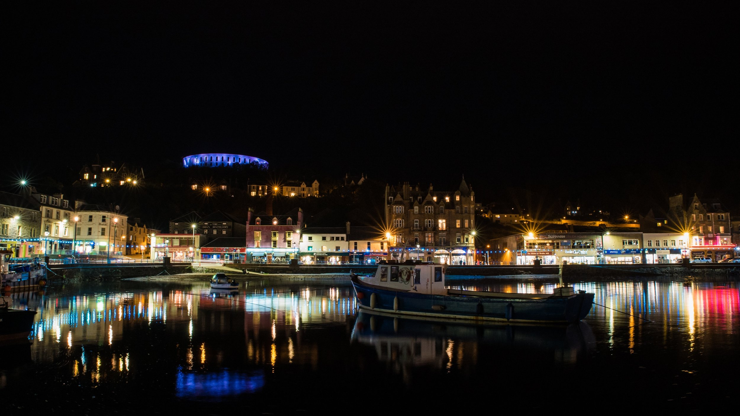 Visit Oban & The Western Isles - The delightful seaside town is less than an hour's drive away from House in the Wood. Enjoy the freshest seafood, visit the distillery or check out some live music, Oban has a lot to offer as well as being the gateway to the Western Isles.