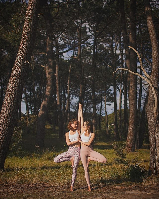 Such a great afternoon with Emma, Phoebe and Dereck to walk around the park & do amazing yoga poses. Merci! More soon!  Models: Phoebe & Emma Sydney, Australia September 2019