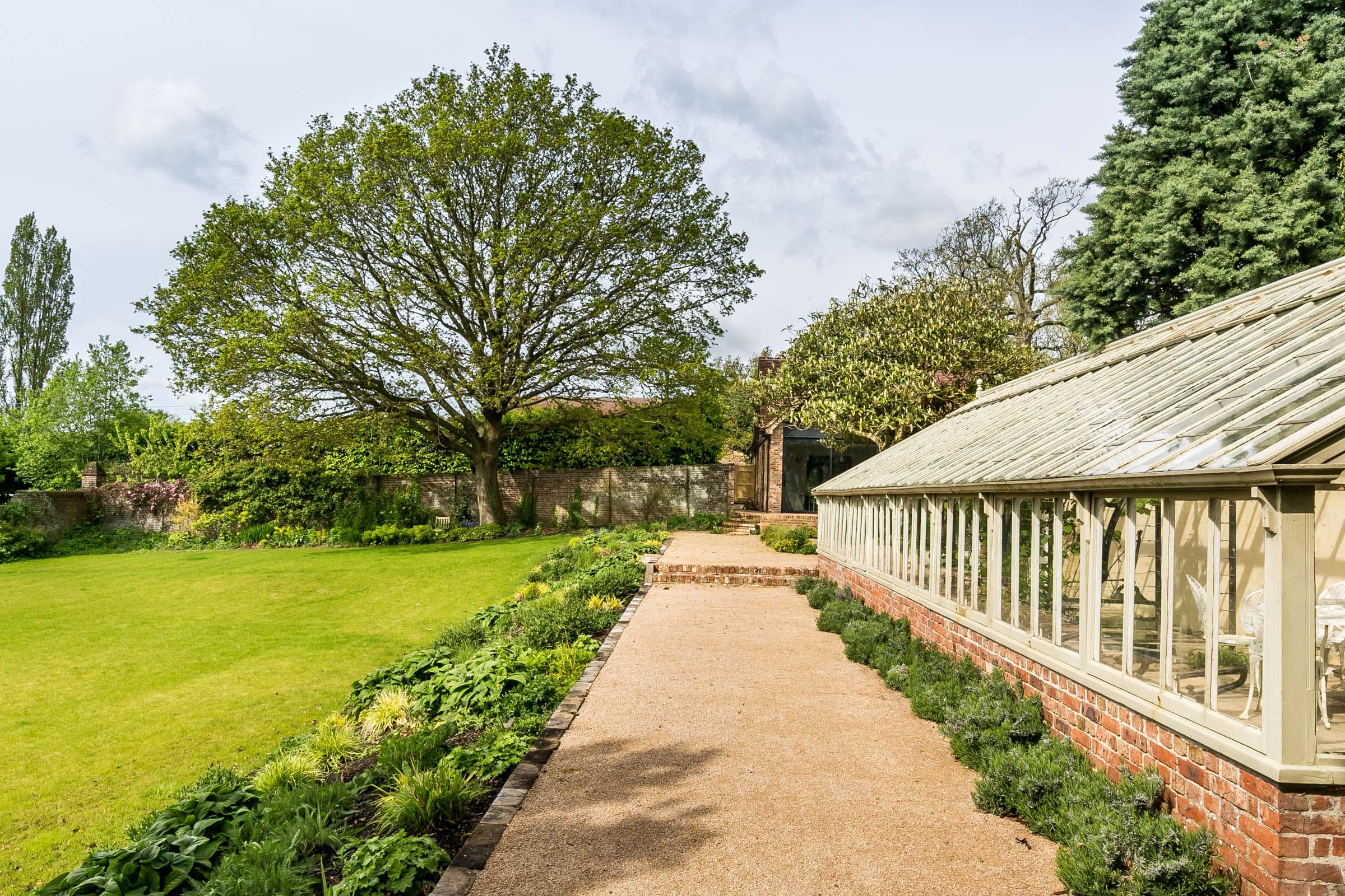 TMH_Garden House_web-4.jpg