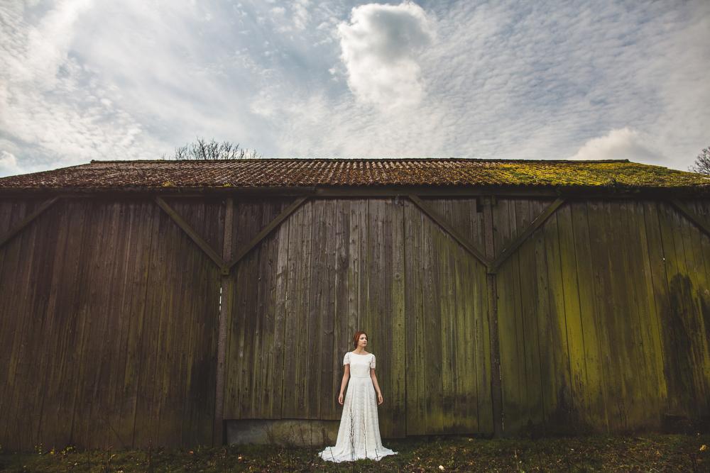 Kate-Beaumont-Wedding-Dresses-S6-23.jpg