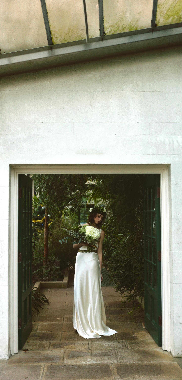 Winter-Bridal-Kate-Beaumont-Shelley-Richmond-Vintage-Wedding-Dress-7.jpg
