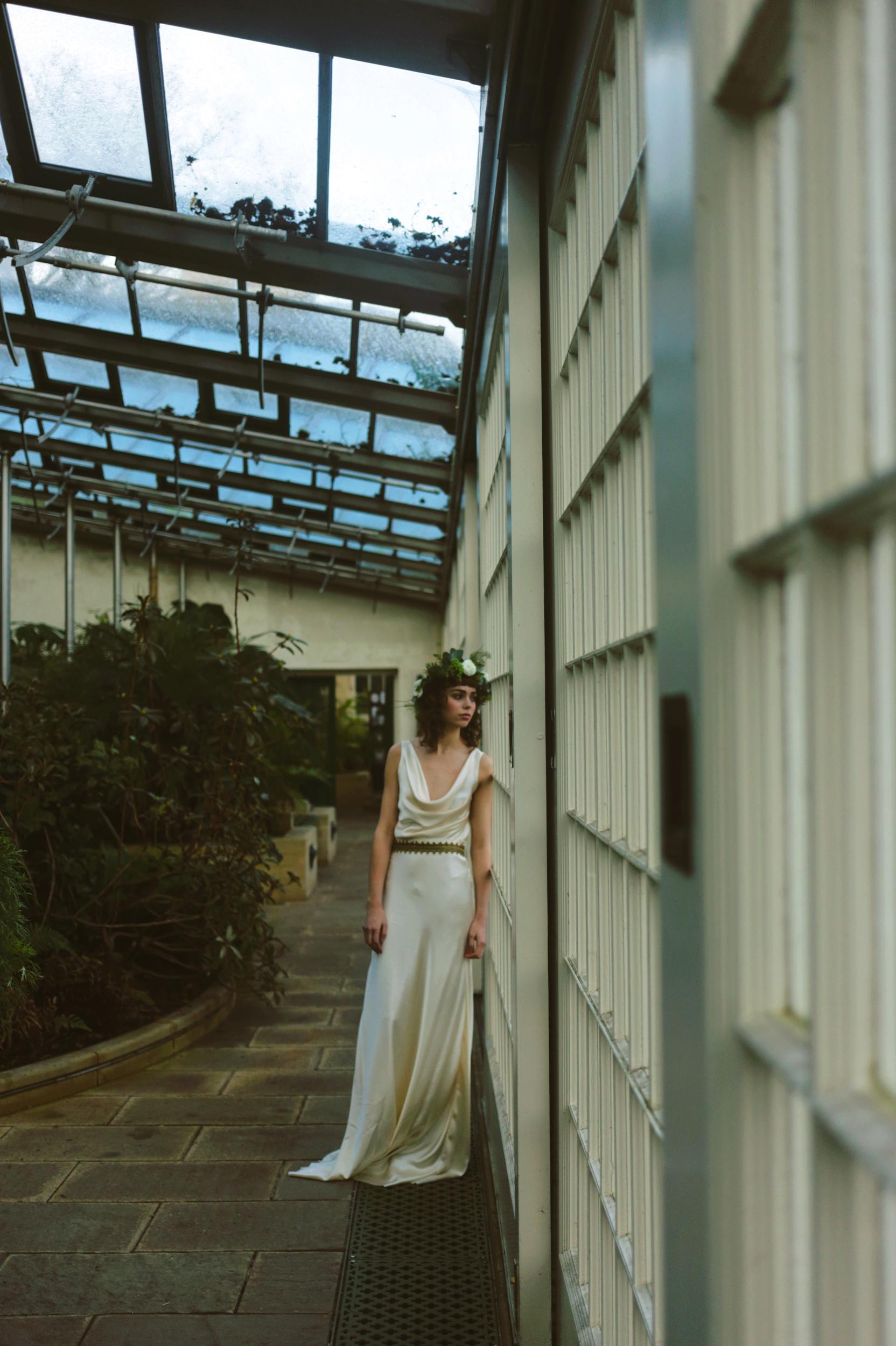 Winter-Bridal-Kate-Beaumont-Shelley-Richmond-Vintage-Wedding-Dress-10.jpg