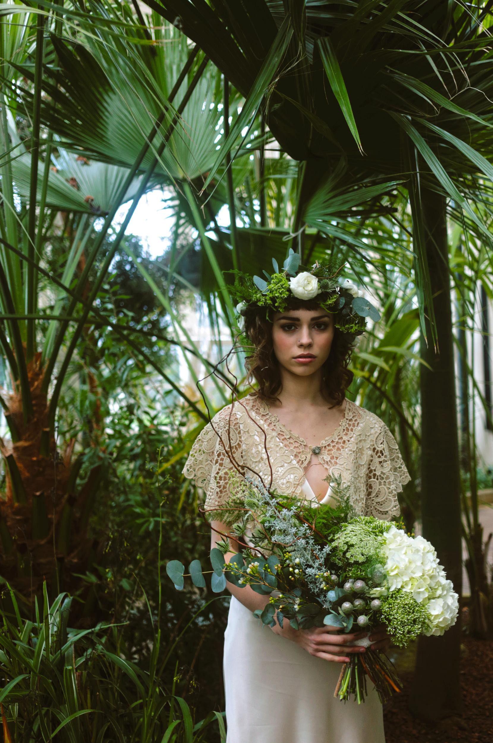 Winter-Bridal-Kate-Beaumont-Shelley-Richmond-Vintage-Wedding-Dress-13.jpg