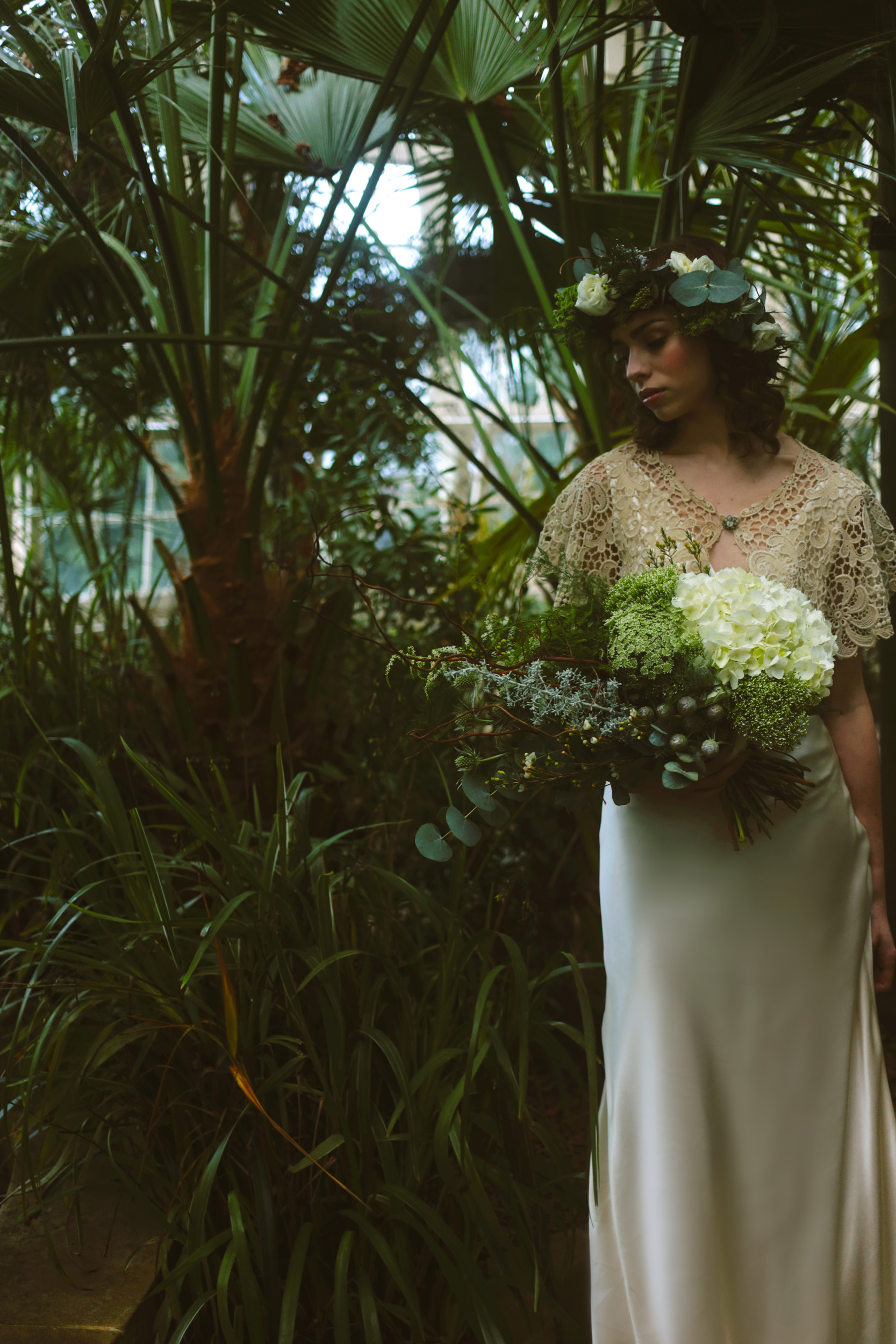 Winter-Bridal-Kate-Beaumont-Shelley-Richmond-Vintage-Wedding-Dress-14.jpg