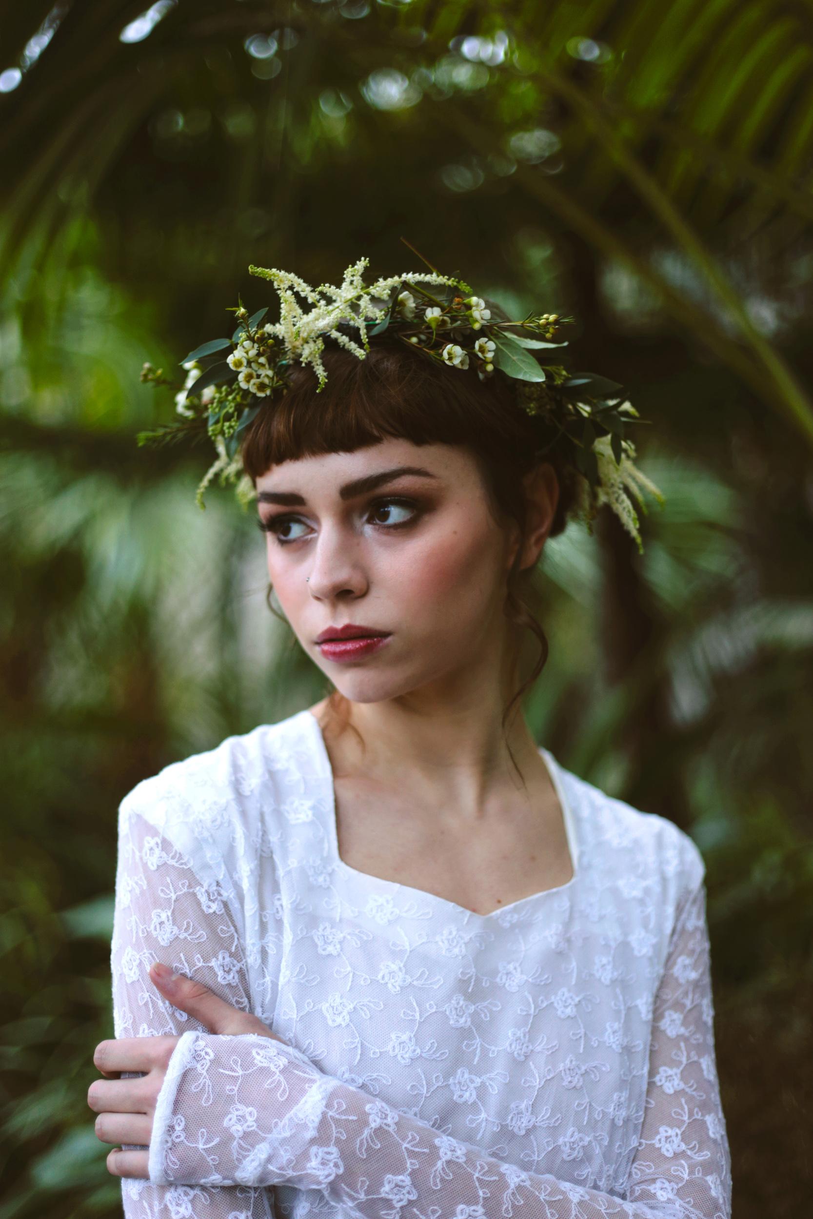 Winter-Bridal-Kate-Beaumont-Shelley-Richmond-Vintage-Wedding-Dress-20.jpg