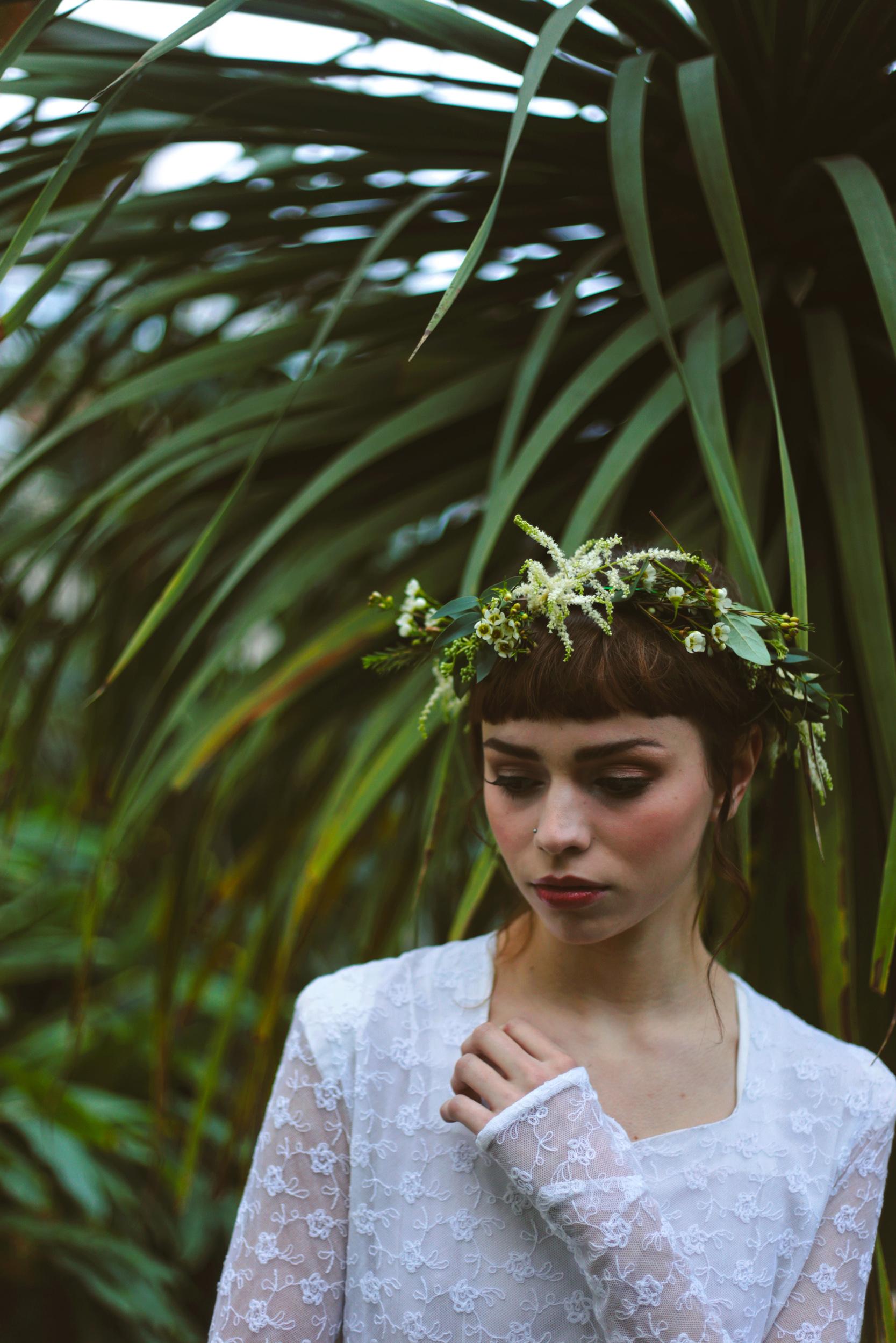 Winter-Bridal-Kate-Beaumont-Shelley-Richmond-Vintage-Wedding-Dress-25.jpg