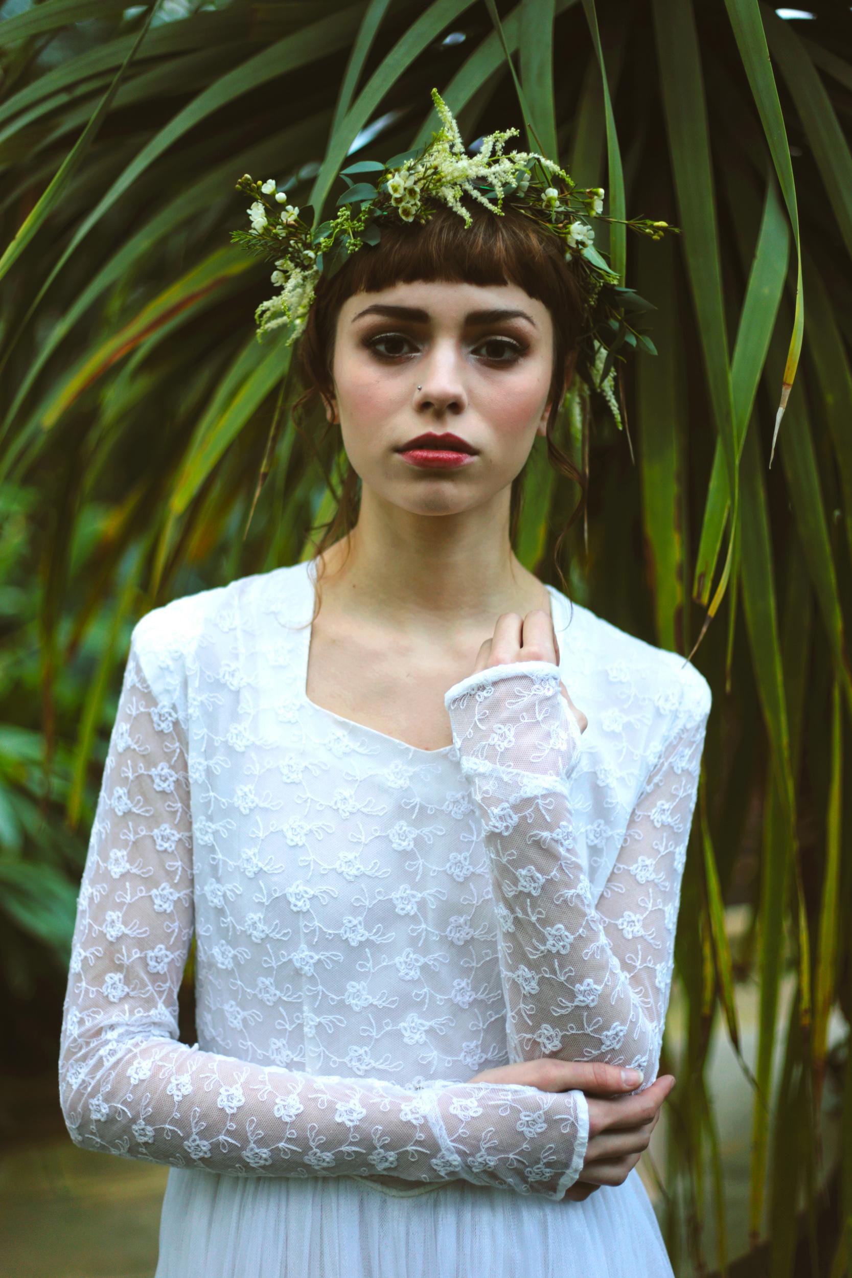 Winter-Bridal-Kate-Beaumont-Shelley-Richmond-Vintage-Wedding-Dress-26.jpg