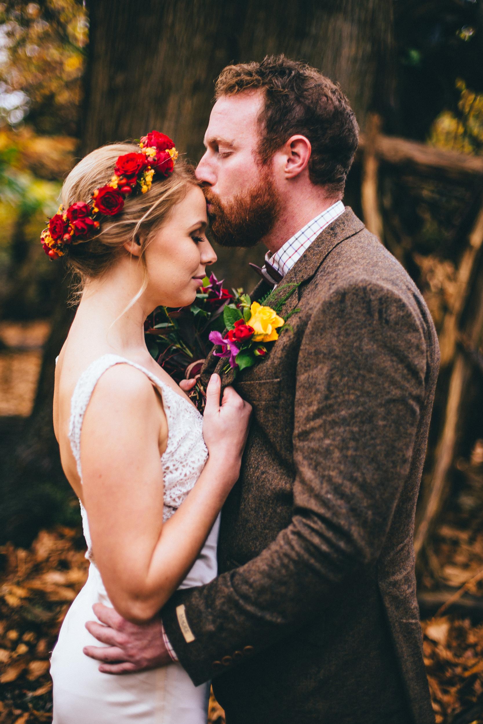 Kate-Beaumont-Wedding-Dresses-Autumn-Shoot-Rebecca-Tovey-7.jpg