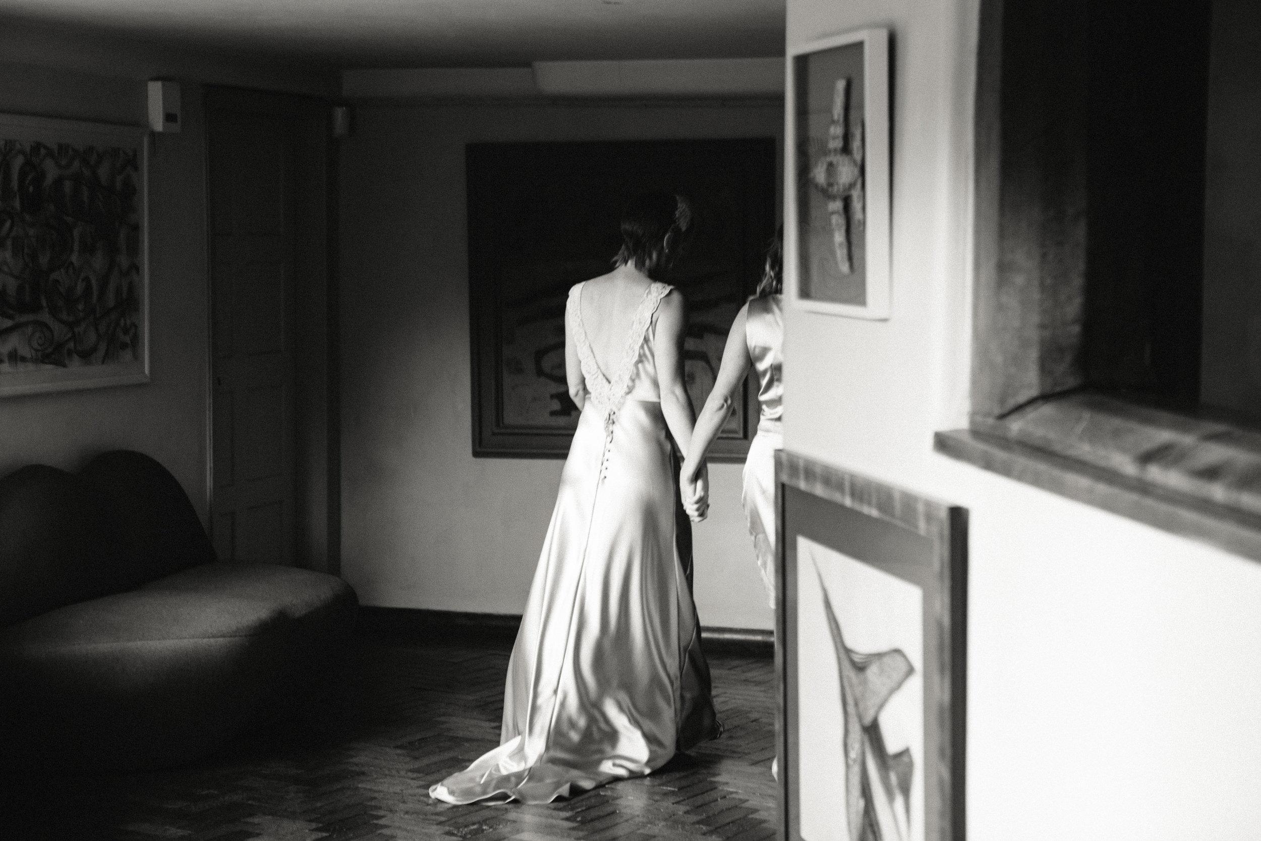 Kate-Beaumont-Sheffield-Honeysuckle-bias-cut-wedding-dress-oyster-Rosie3.jpg