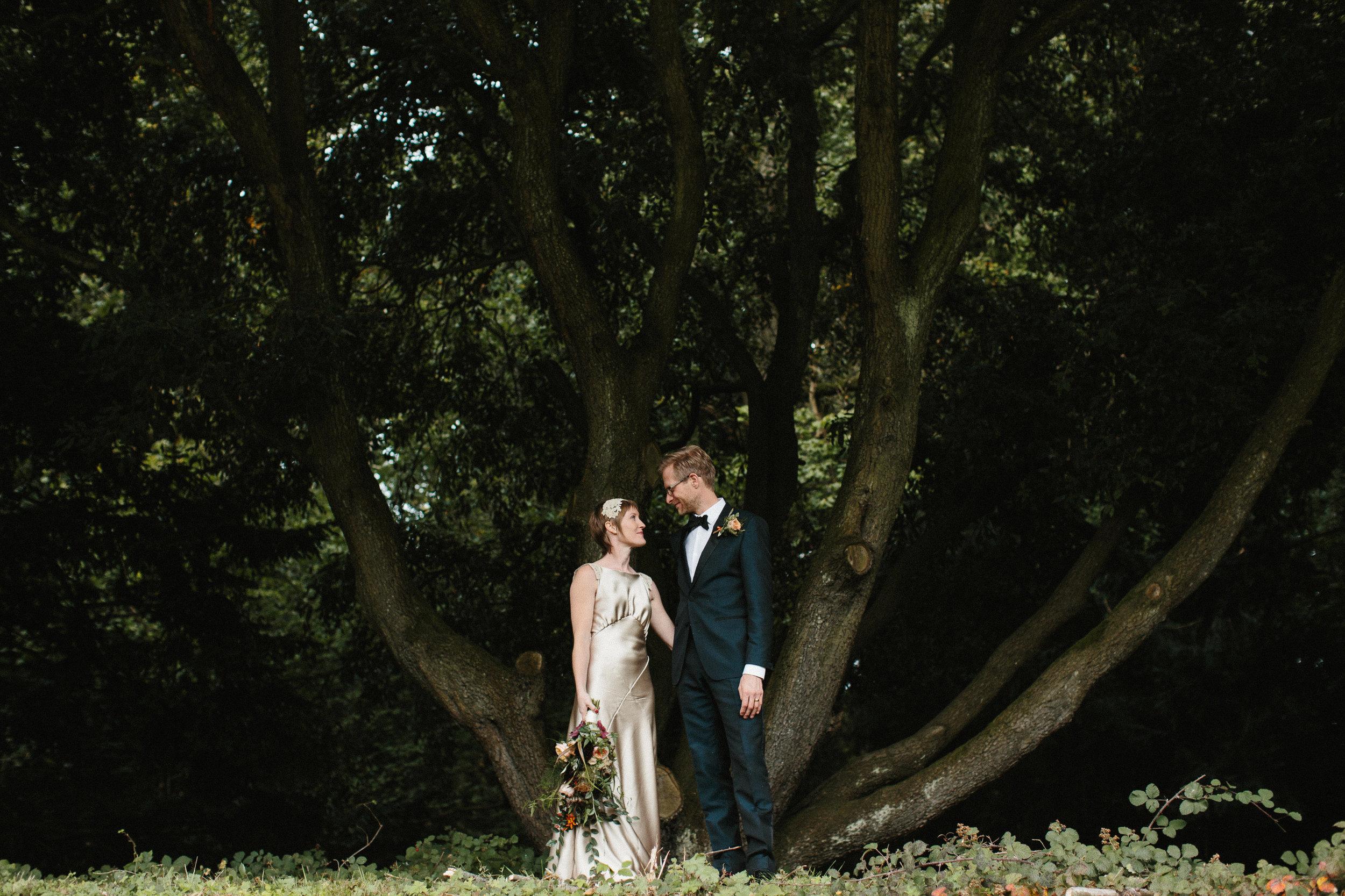 Kate-Beaumont-Sheffield-Honeysuckle-bias-cut-wedding-dress-oyster-Rosie28.jpg