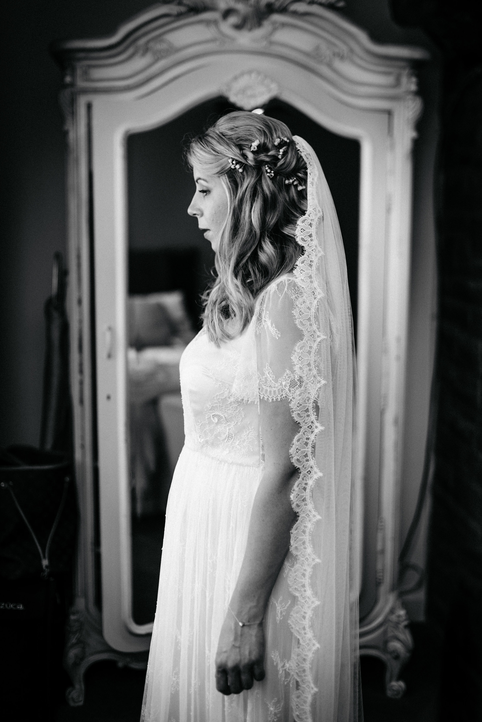 Lace-Wedding-Gown-Rustic-Barn-Wedding-Yorkshire-Kate-Beaumont-1.jpg