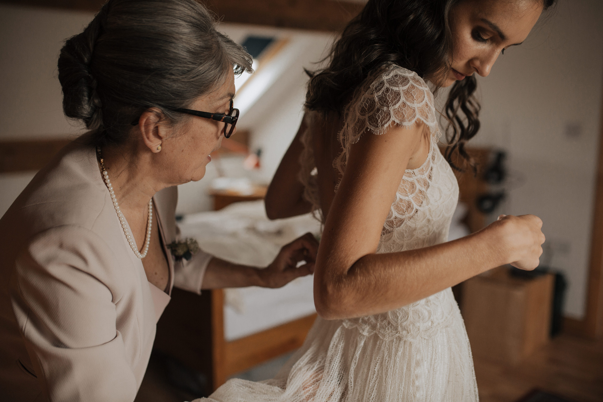 Joasia-Kate-Beaumont-Bohemian-Lace-Wedding-Dress-Peak-District-Sheffield-Wedding-1.jpg