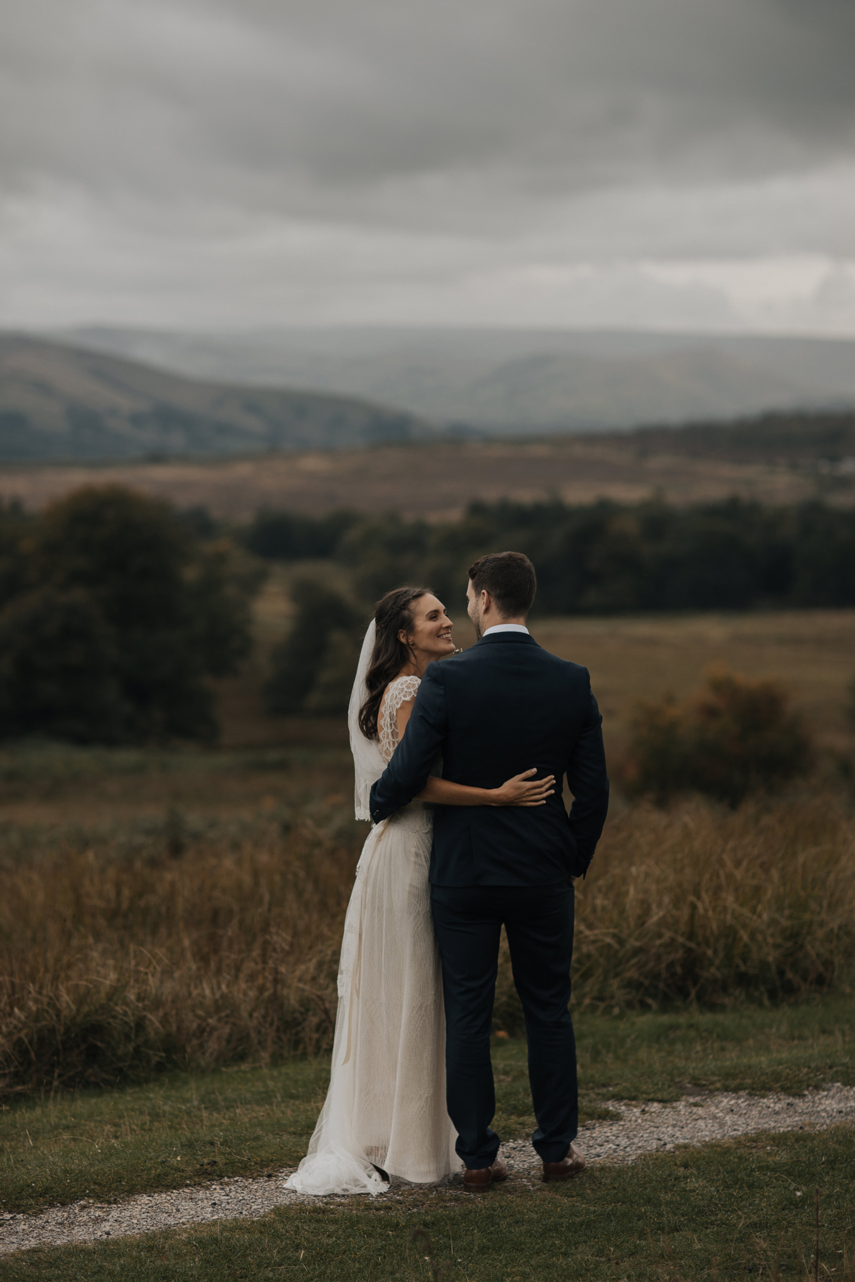 Joasia-Kate-Beaumont-Bohemian-Lace-Wedding-Dress-Peak-District-Sheffield-Wedding-25.jpg