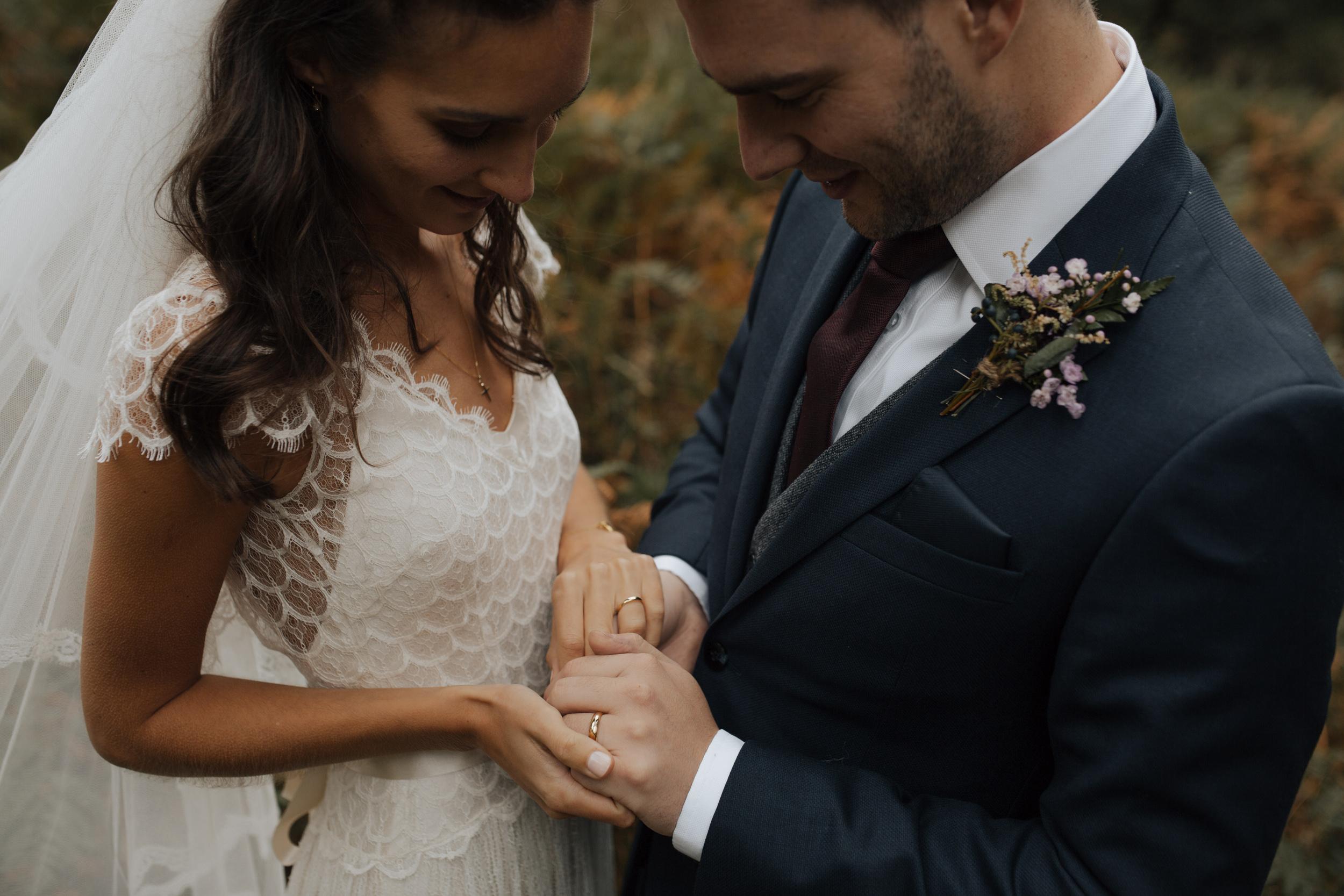 Joasia-Kate-Beaumont-Bohemian-Lace-Wedding-Dress-Peak-District-Sheffield-Wedding-36.jpg