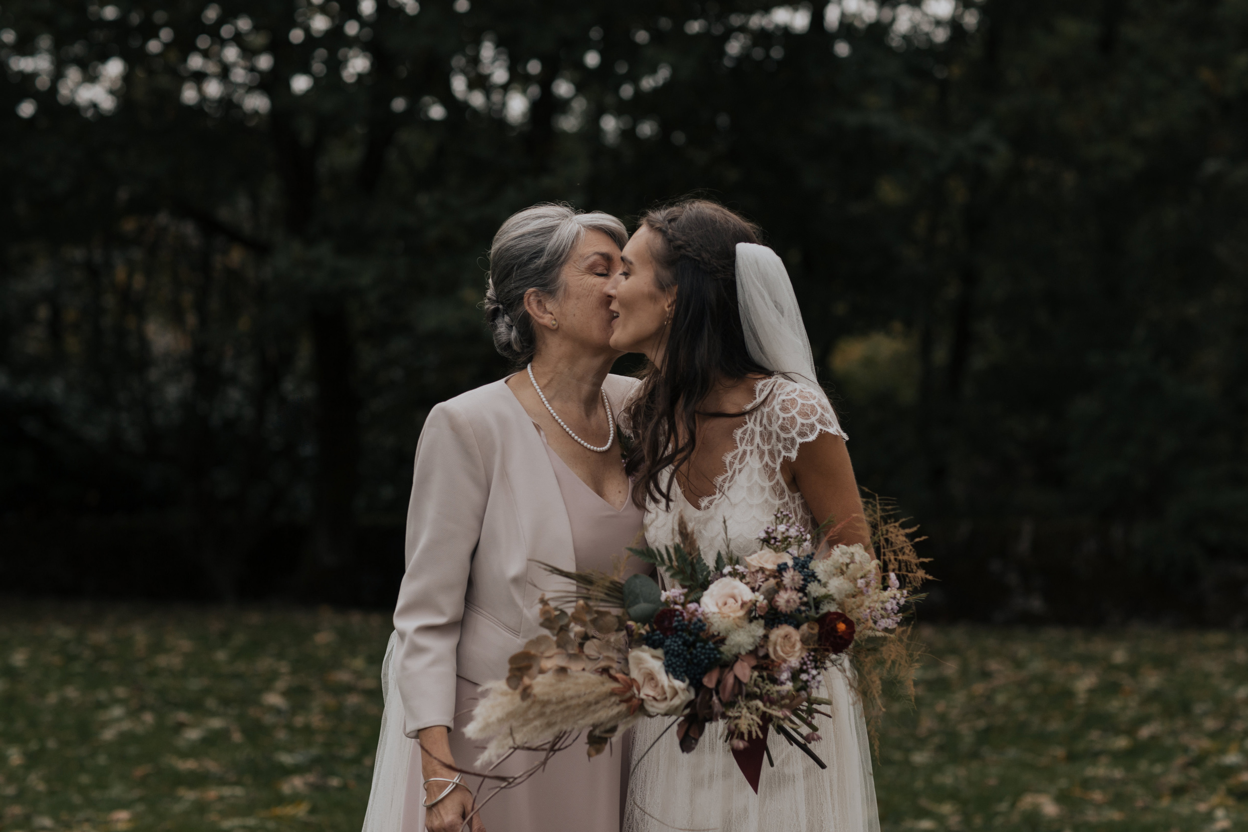 Joasia-Kate-Beaumont-Bohemian-Lace-Wedding-Dress-Peak-District-Sheffield-Wedding-47.jpg