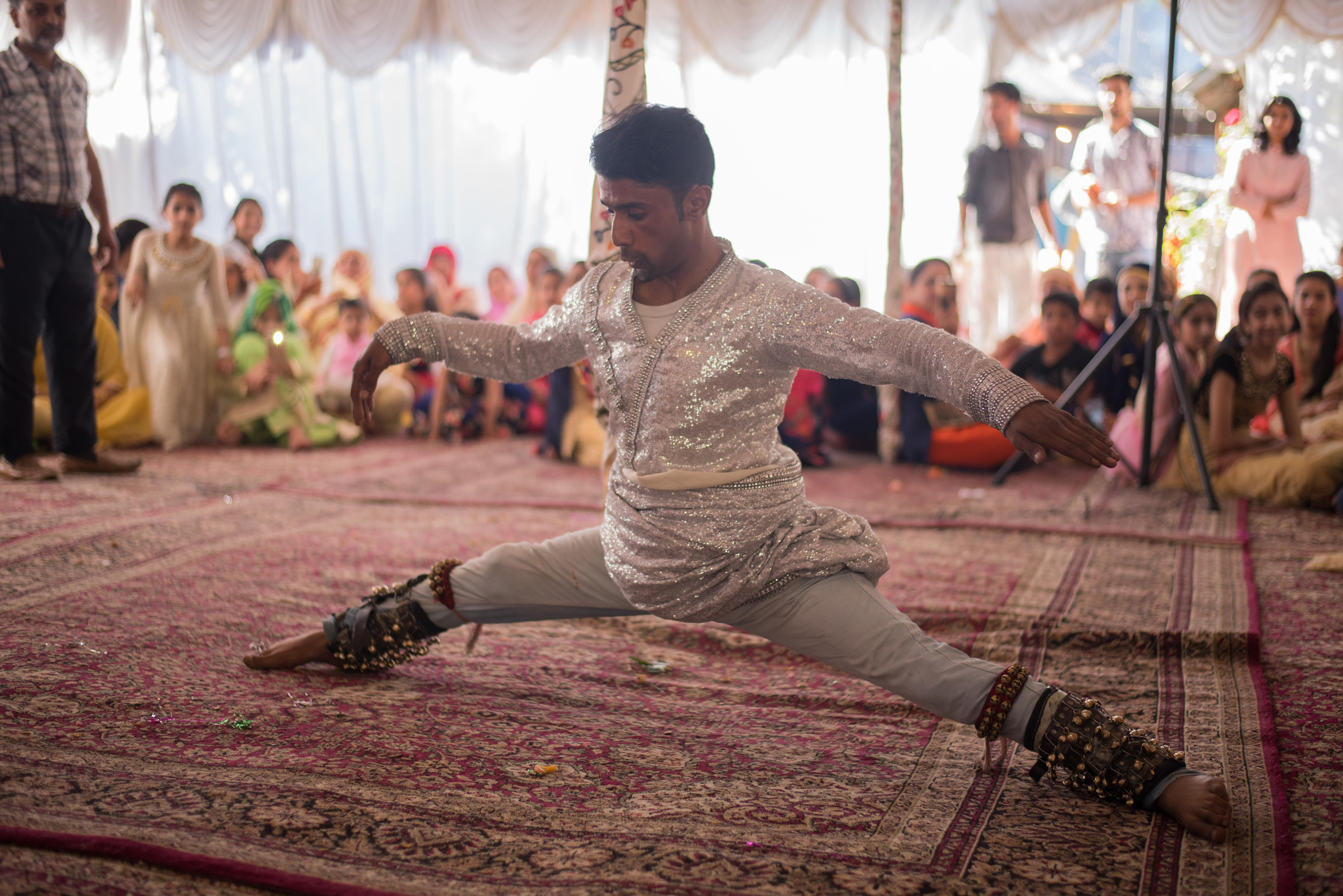 Liv-Kashmir-India-Wedding-Dahlia-Bespoke-Silk-Wedding-Gown-Kate-Beaumont-Sheffield-17.jpg