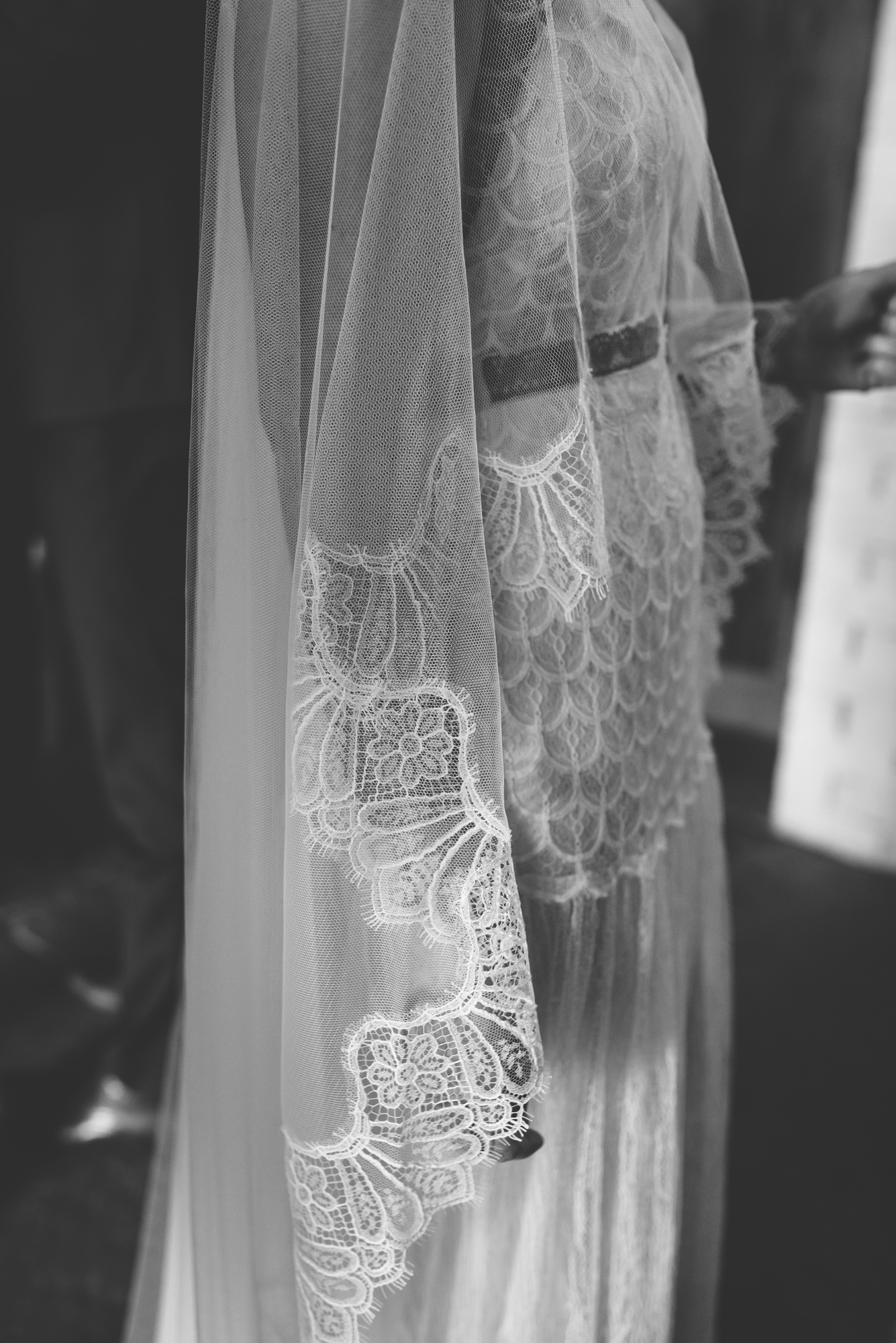Kate-Beaumont-Sheffield-Lucy-Bohemian-Lace-Dress-Barn-Wedding-Cumbria-33.jpg
