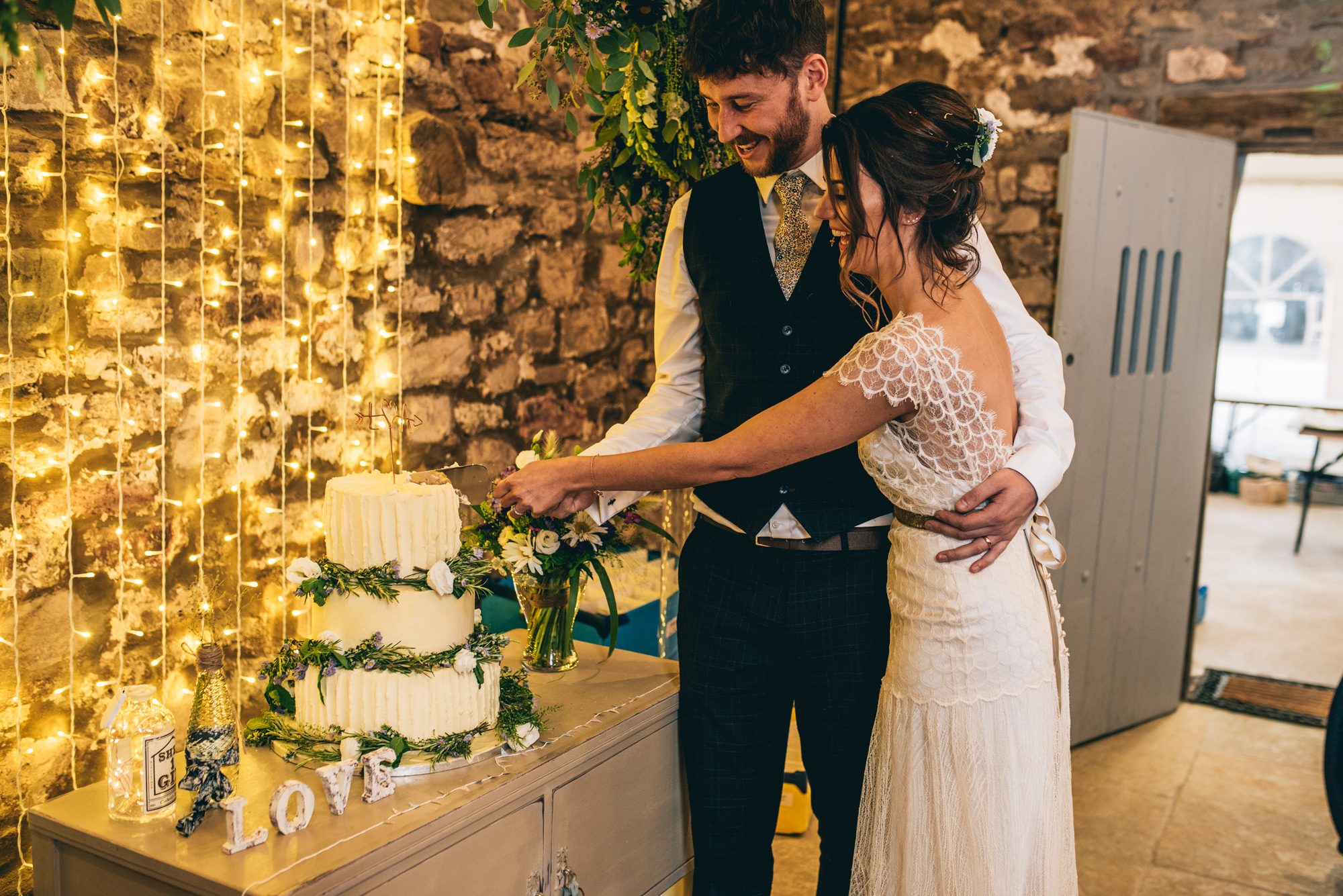 Kate-Beaumont-Sheffield-Lucy-Bohemian-Lace-Dress-Barn-Wedding-Cumbria-41.jpg