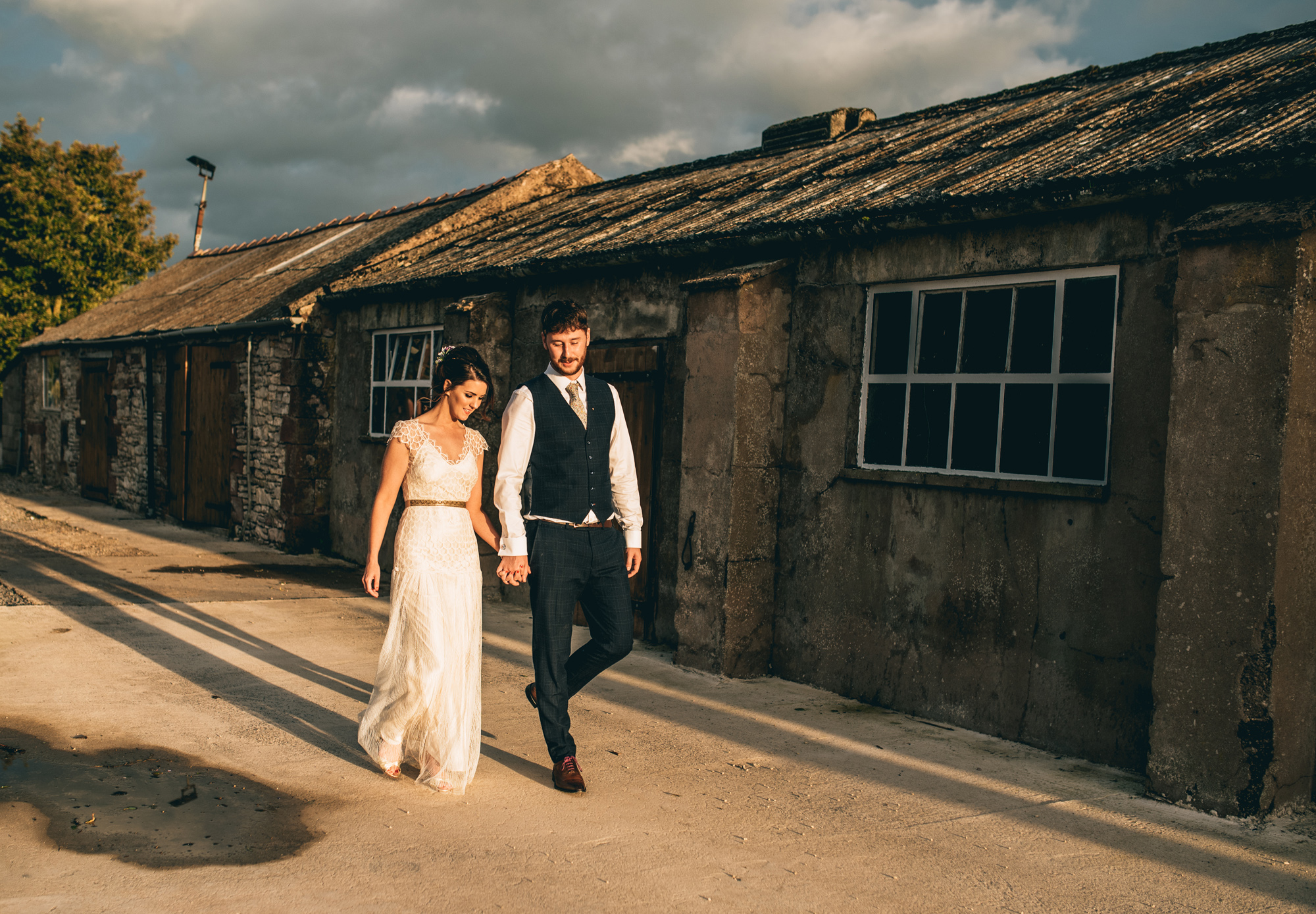 Kate-Beaumont-Sheffield-Lucy-Bohemian-Lace-Dress-Barn-Wedding-Cumbria-49.jpg
