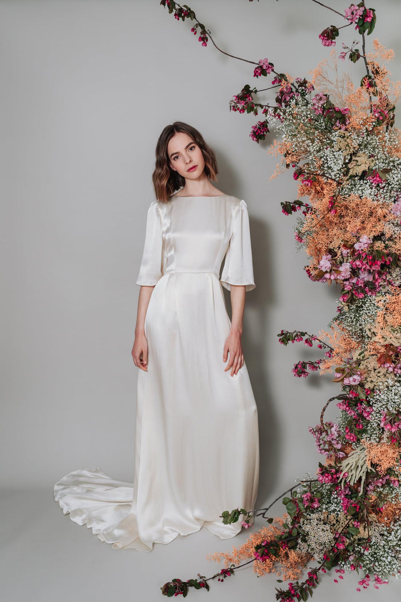 Kate-Beaumont-Lunaria-Bohemian-Hammered-Silk-Wedding-Dress-Sleeves-3.jpg