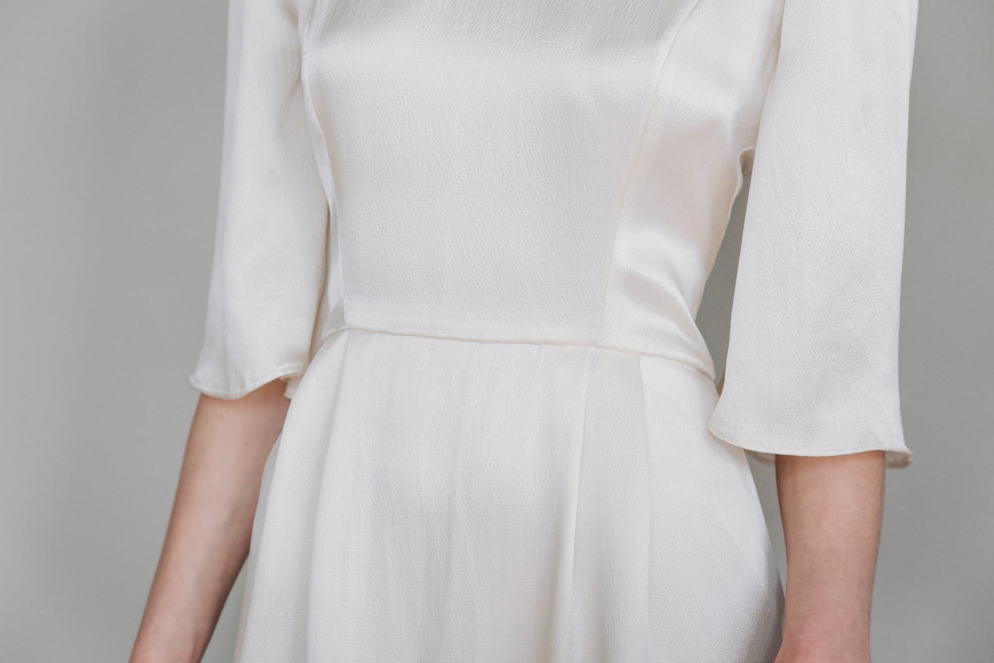 Kate-Beaumont-Lunaria-Bohemian-Hammered-Silk-Wedding-Dress-Sleeves-5.jpg