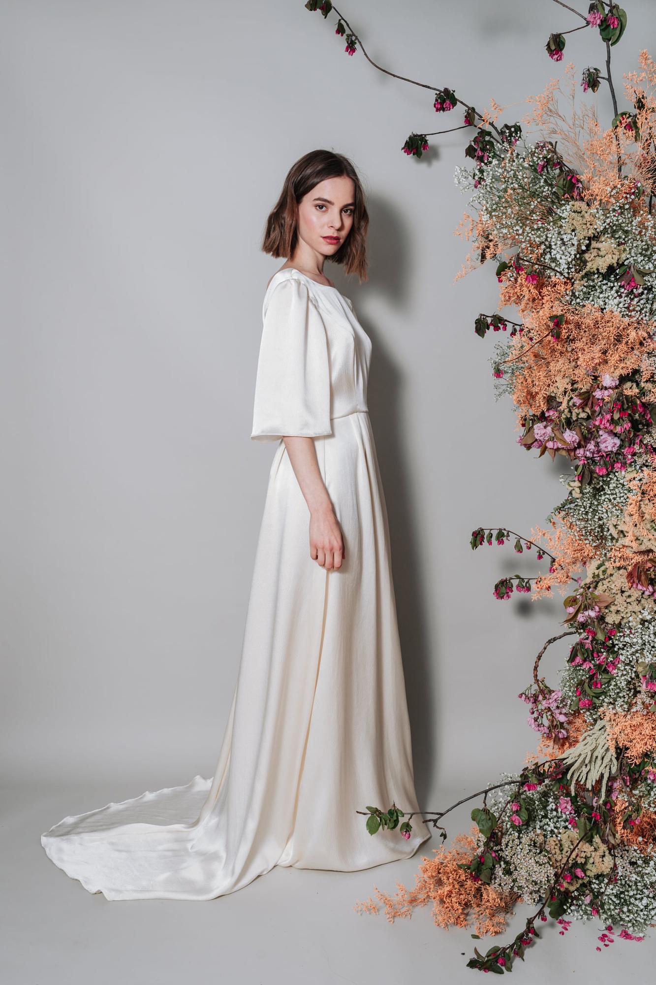 Kate-Beaumont-Lunaria-Bohemian-Hammered-Silk-Wedding-Dress-Sleeves-6.jpg