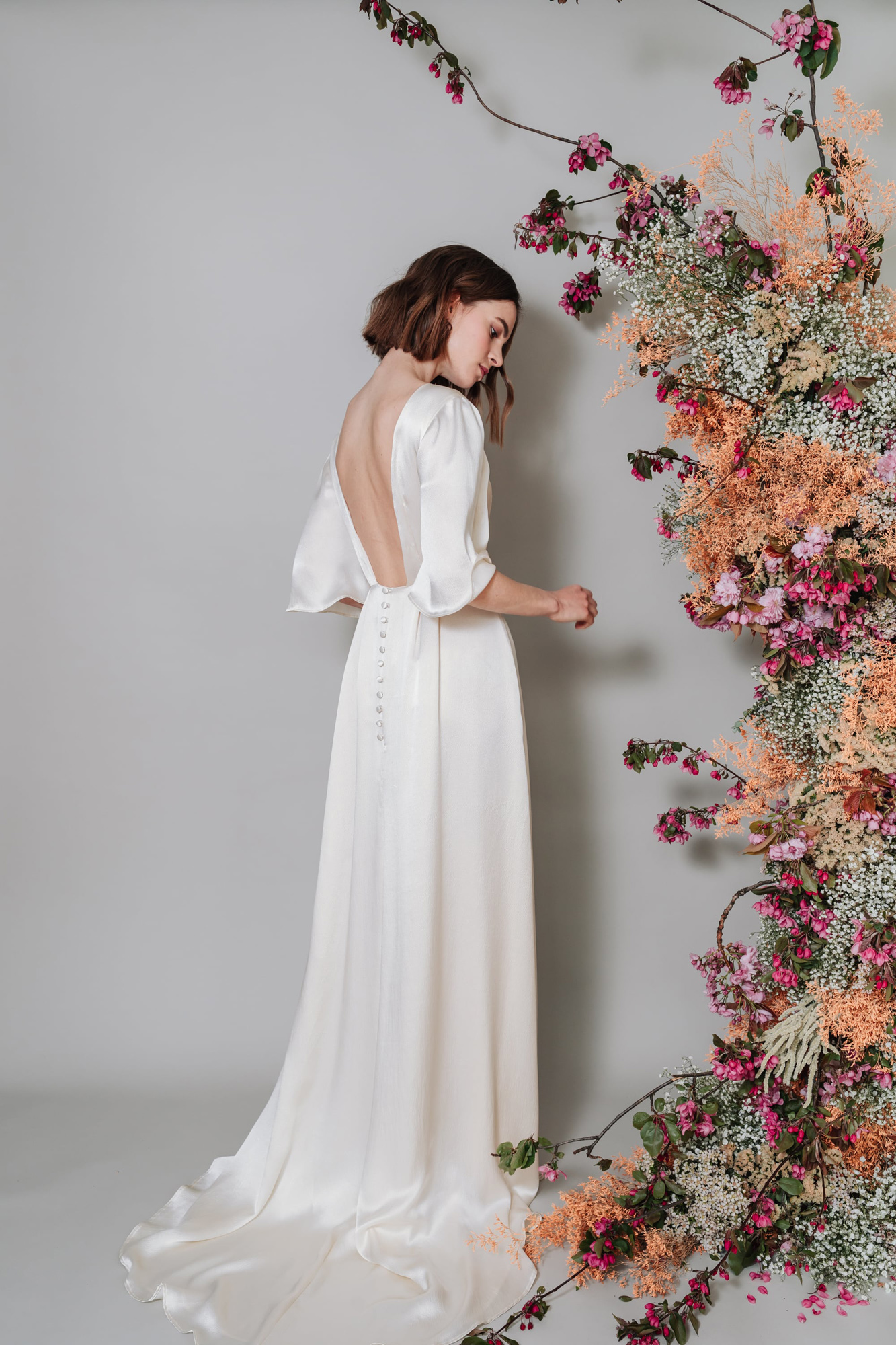 Kate-Beaumont-Lunaria-Bohemian-Hammered-Silk-Wedding-Dress-Sleeves-11.jpg